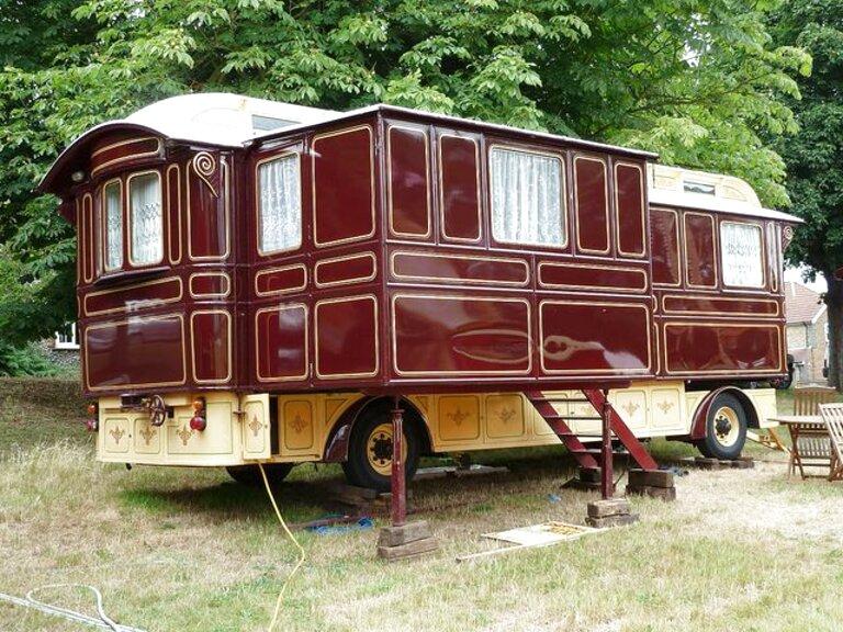 Second hand Showmans Caravan in Ireland | View 30 ads