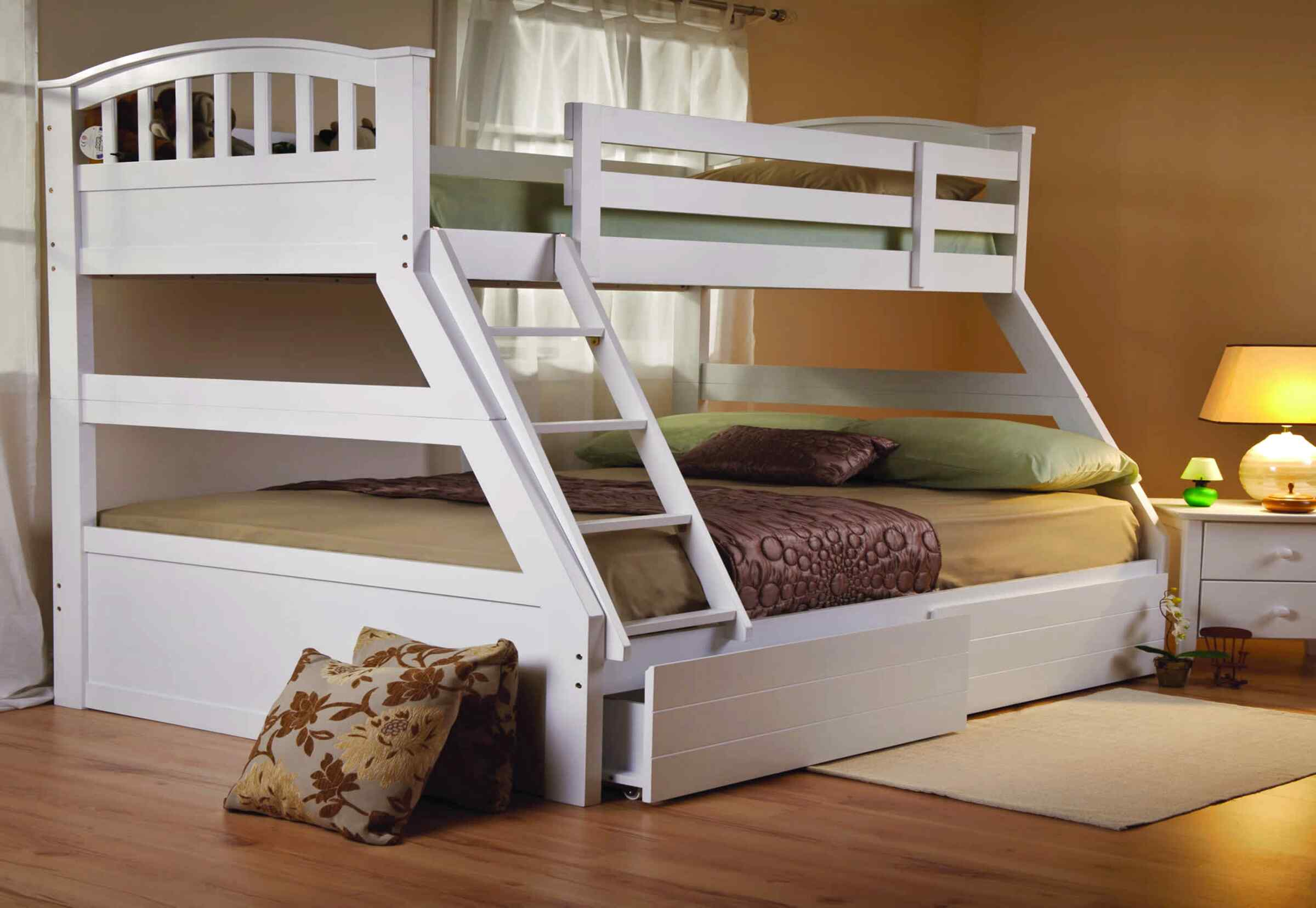 Picture of: Second Hand Wooden Triple Bunk In Ireland View 32 Ads