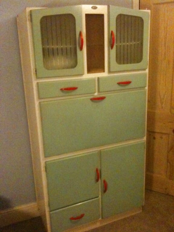 Second Hand Retro Kitchen Dresser In